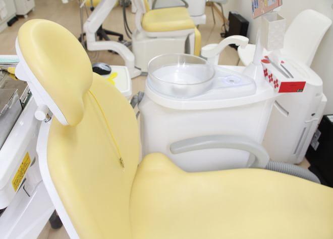 近鉄八尾駅 出入口徒歩 11分 なぎ歯科の治療台写真3