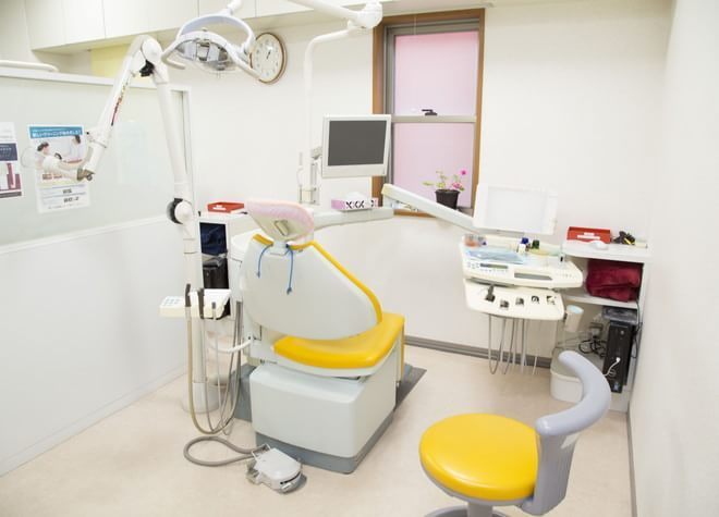 西岡歯科医院 長崎駅 車14分 ホワイトエッセンス 西岡歯科医院の治療台写真4