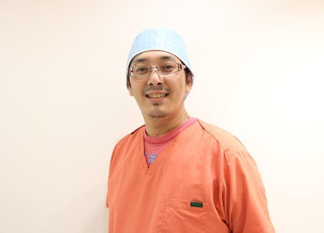 富田歯科医院 歯科医師