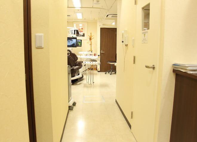 池袋駅 西口C1徒歩 1分 いどがわ歯科の院内写真6
