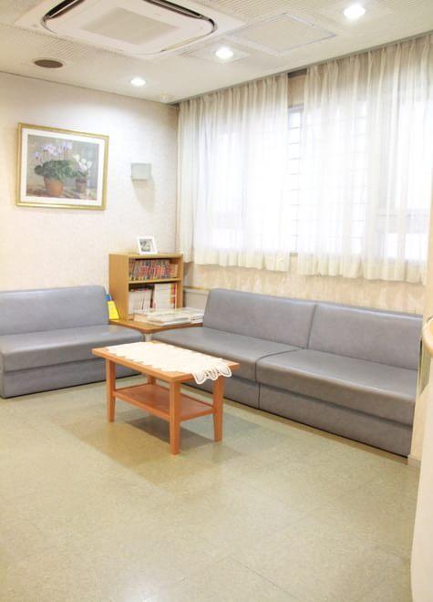 高円寺駅 南口徒歩 1分 佐野歯科医院の院内写真2