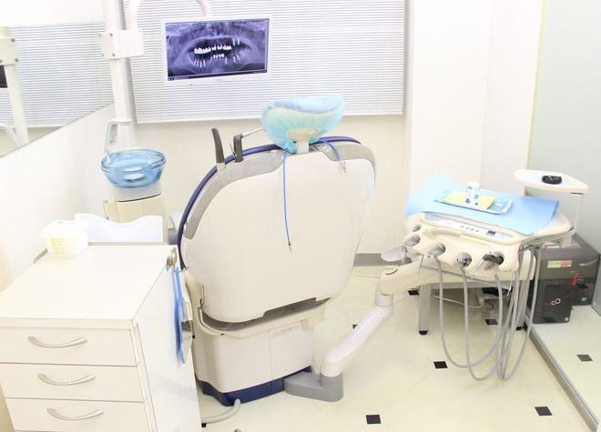 飯田橋駅 東口徒歩 5分 井上歯科医院の治療台写真3
