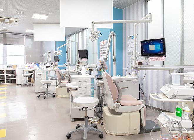 南熊本駅 出口徒歩 5分 やまさき歯科・矯正歯科の治療台写真2