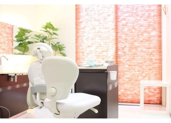 白楽駅 西口徒歩 4分 みいだ歯科の治療台写真7