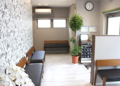 西阿知駅 出口徒歩 15分 西阿知クォーツ歯科クリニックの院内写真3