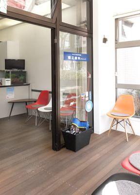 鎌取駅 出入口2徒歩 5分 みどり区役所前矯正歯科クリニックの院内写真2