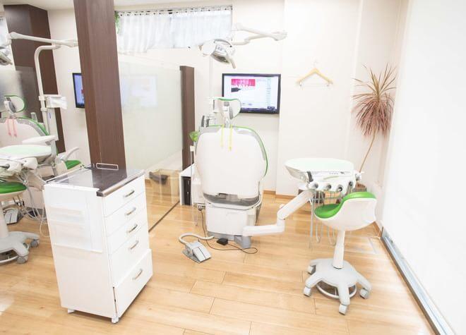 伏見桃山駅 出口徒歩 3分 伏見リーフ歯科クリニックの治療台写真3