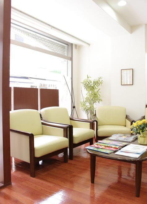 藤崎駅(福岡県) 4番出口徒歩5分 くすのき歯科医院の院内写真1
