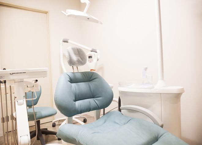 天満橋駅 出口徒歩 5分 えがみ歯科医院の治療台写真3