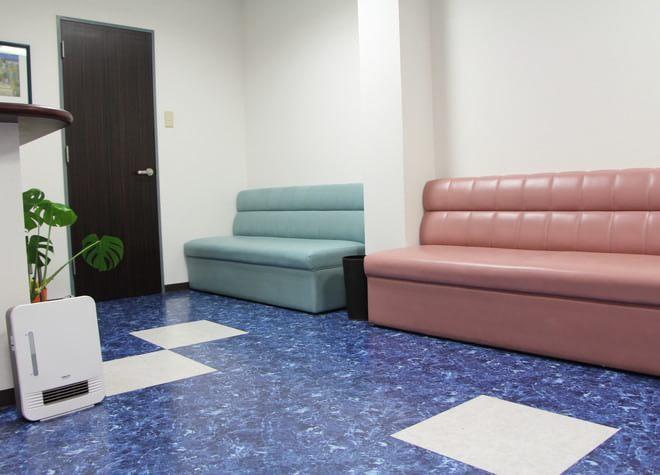 本城駅 出口車 6分 学園台ファミリー歯科の院内写真3