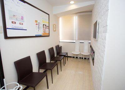 本八幡駅(JR) 北口徒歩1分 医療法人社団OUGA たかはし歯科医院の院内写真2