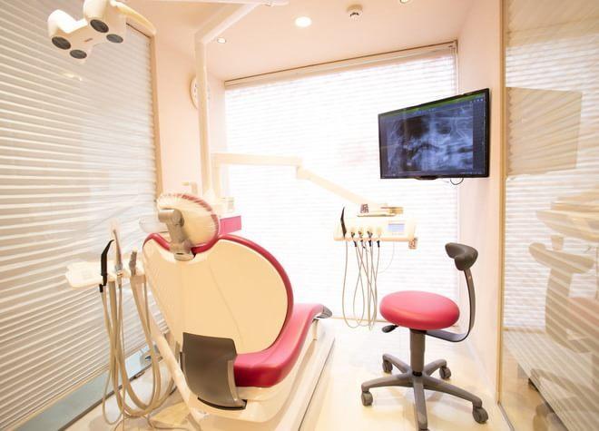 下高井戸駅 西口徒歩 4分 パール歯科クリニックの治療台写真2