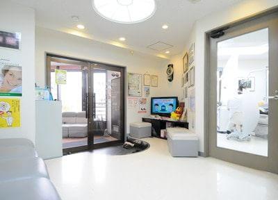 富田林駅 1番出口徒歩1分 下野歯科医院の院内写真2