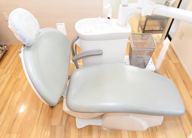 福大前駅 車 8分 いしばし歯科 小児・矯正歯科クリニックの治療台写真5