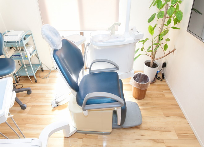 福大前駅 車 8分 いしばし歯科 小児・矯正歯科クリニックの治療台写真3