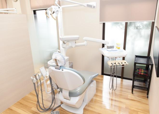 福大前駅 車 8分 いしばし歯科 小児・矯正歯科クリニックの治療台写真4