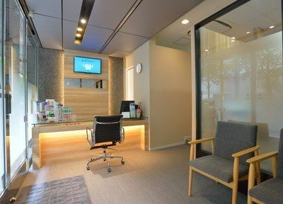 【日本橋駅(東京都) B2徒歩9分】 新日本橋駅前歯科クリニックの院内写真3