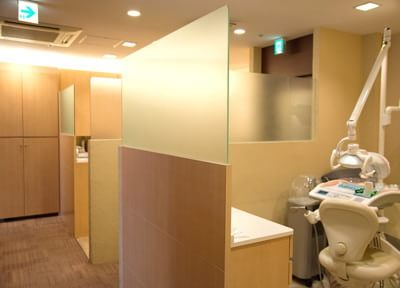心斎橋駅 1番出口徒歩 1分 井上歯科クリニックの診療室写真4