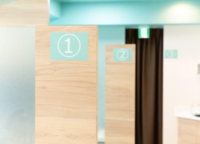 小田急相模原駅 南口徒歩 2分 おださが駅前歯科クリニックの治療台写真4