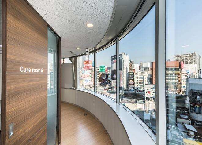 新宿駅 西口徒歩1分 あいおい歯科新宿駅西口医院の院内写真3