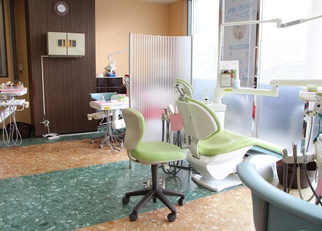 大濠公園駅 出口徒歩 5分 あんざい歯科ベイフロントクリニックの治療台写真5