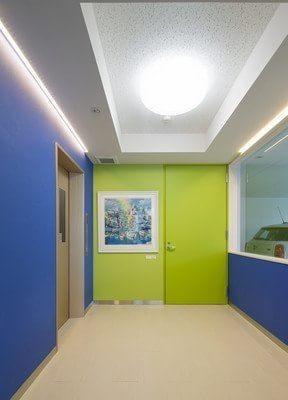 小倉駅(福岡県) 出口車10分 井上秀人歯科インプラントクリニックの院内写真2