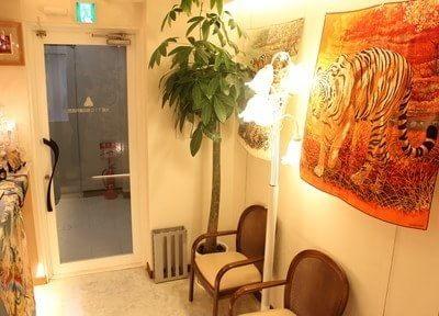 西梅田駅 4B徒歩1分 大阪T.T.C.梅田歯科医院写真3