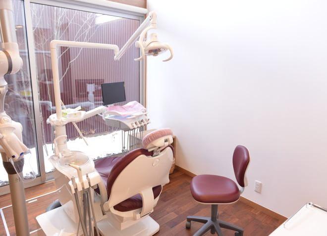 福島駅東口 バス13分 レオ歯科医院の治療台写真4